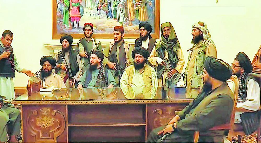 अफगानिस्तान तालिवानको कब्जामा,अफगान राष्ट्रपति घानीले देश छाडे